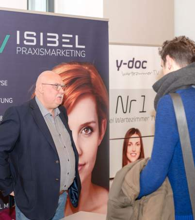 Am Messestand von VISIBEL